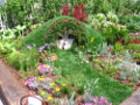 domek hobbita, ziemianka, ogrodowe dodatki, dzieci w ogrodzie, wakacje w ogrodzie,  galeria ogrodowa