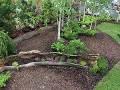 dodatki ogrodowe, ozdobne rabaty, kwiaty, krzewy ozdobne, aranżacje ogorodowe, galeria ogrodowa