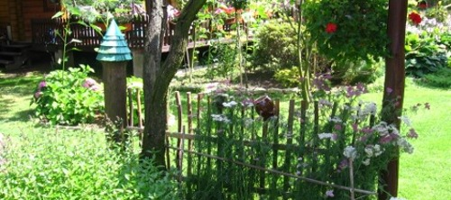 ogr�d wiejski, ro�liny do ogrodu w stylu wiejskim, ogrodnik