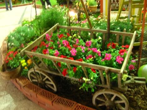 ogród wiejski, ogrody w stylu wiejskim, urządzanie ogrodu, wiejskie aranżacje z roślin, galeria ogrodowa